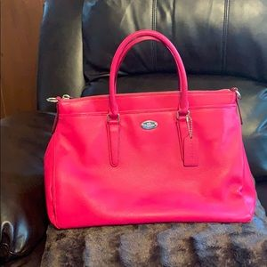 Coach purse. Like new only used one time.